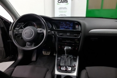 Audi A4 2.0 TDI 140 kW Quattro Sline palubní deska