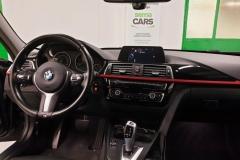 BMW Řada 3 320d Xdrive 140 kW 2016 palubní deska