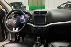 Fiat Freemont 2.0 125 kW 4x4 Aut BLACK CODE palubní deska