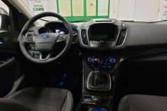 Ford Kuga 1.5 EcoBoost 110 kW Titanium palubní deska