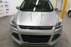 Ford Kuga 2.0 TDCI 103 kW Titanium 2014 předek frontal