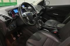 Ford Kuga 2.0 TDCI 103 kW Titanium 2014 palubní deska