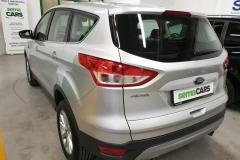 Ford Kuga 2.0 TDCI 110 kW 4x4 Titanium 2016 zadek