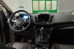 Ford Kuga 2.0 TDCI 110 kW Titanium 4x4.interiér