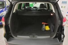 Ford Kuga 2.0 TDCI 120 kW Titanium 4x4.kufr