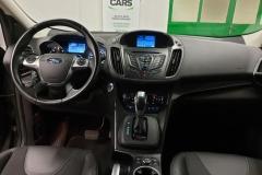 Ford Kuga 2.0 TDCI 132 kW Aut 4x4 Titanium 2015 palubní deska