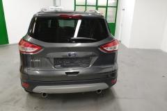 Ford Kuga 2.0 TDCI 132 kW Aut 4x4 Titanium 2015 zadek
