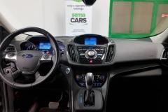Ford Kuga 2.0 TDCi 132kW Aut 4x4 Titanium palubní deska