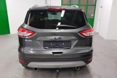Ford Kuga 2.0 TDCi 132kW Aut 4x4 Titanium zadek