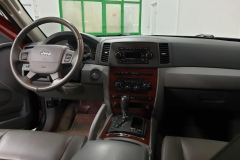 Jeep Grand Cherokee 3.0 CRD 160 kW 4x4 Aut interiér