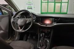 Opel Astra 1.6 BiCDTI 100 kW ST interiér
