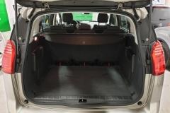 Peugeot 5008 1.6 HDI 84 kW Business 2015 kufr