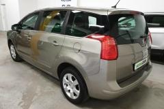 Peugeot 5008 1.6 HDI 84 kW Business 2015 zadek bok