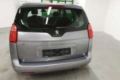 Peugeot 5008 1.6 HDI 85 kW Business 2015 zadek