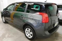 Peugeot 5008 2.0 HDI 110 kW Business 2014 zadek bok
