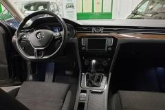 Volkswagen Passat 2.0 TDI 110 kW DSG Comfortline 2015 palubní deska