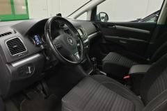 Volkswagen Sharan 2.0 TDI CUP 103 kW 2014 stříbrný interier