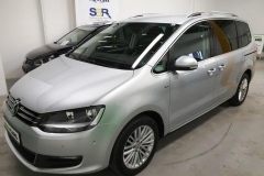 Volkswagen Sharan 2.0 TDI CUP 103 kW 2014 stříbrný předek