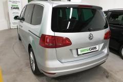 Volkswagen Sharan 2.0 TDI CUP 103 kW 2014 stříbrný zadek