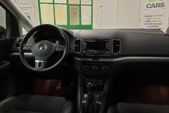 Volkswagen Sharan 2.0 TDI Highline interiér