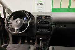 Volkswagen Touran 1.4 TSI 110 kW CNG Comfortline 2012 palubní deska