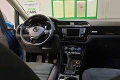 Volkswagen Touran 2.0 TDI 110 kW Highline interiér