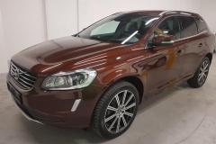 Volvo XC60 D4 Momentum AWD Aut 2014 předek