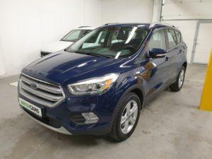 Ford Kuga 2.0 TDCI 110 kW Business **SLEVA**