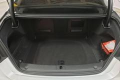 Audi A8 4.2 V8 TDI Quattro S-Line kufr