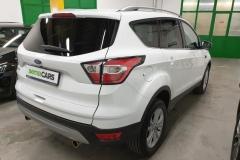 Ford Kuga 2.0 TDCi 132 kW 4x4 Titanium zadek