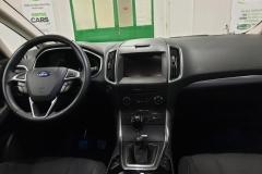 Ford S-MAX 2.0 TDCi 110 kW Titanium interiér