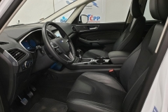 Ford S-MAX 2.0 TDCi 132 kW Titanium 7míst interiér