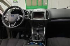 Ford S-MAX 2.0 TDCi 132 kW Titanium interiér