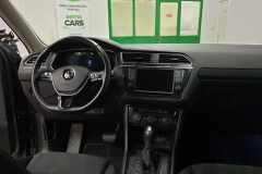 Volkswagen Tiguan 2.0 TDI 140 kW DSG 4x4 Highline interiér